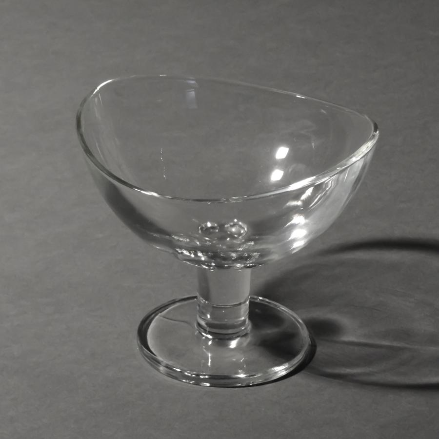 Glasschale Loop auf Fuß, rund, Ø 150 mm