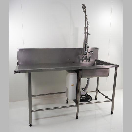 Zulauftisch 170 cm lang, Laufrichtung rechts / links, mit Durchlauferhitzer
